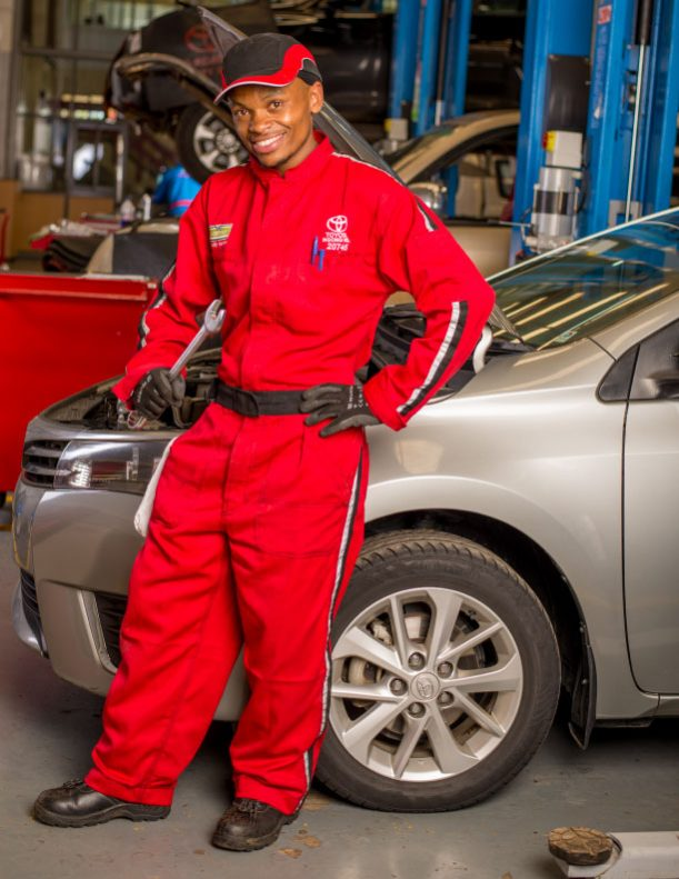 Nobody knows your vehicle like our qualified team of experts.